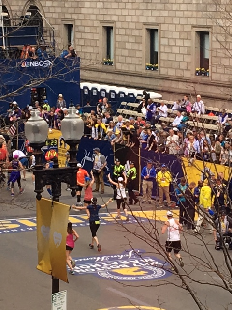 Finish Line Gwen and JJ